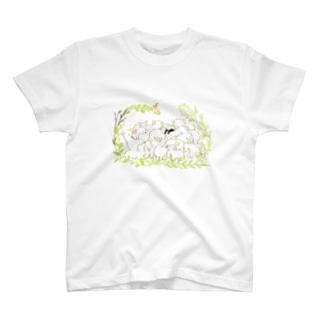 幸せな眠り T-shirts