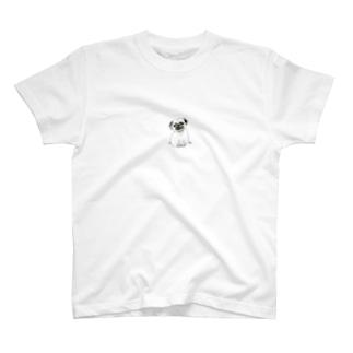 おすわりパグ T-shirts