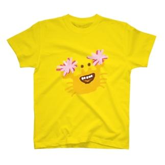 君を応援しちゃうカニ T-shirts