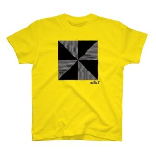 ジオメトリックⅲ T-shirts