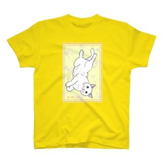 オッドアイの白猫 T-shirts