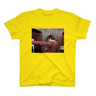 3秒前 T-shirts