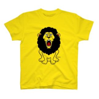 吠えるライオン(モノクロ) T-shirts