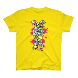 うさぎのラビ-ぐるぐるミイラ T-shirts