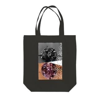 花と月 Tote bags