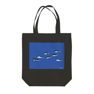 飛べない鳥のジェンツーペンギン Tote bags