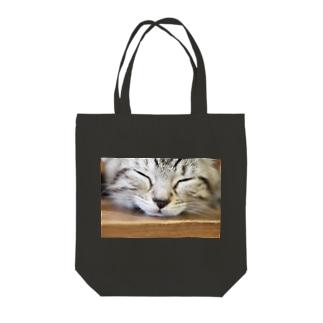 キティの今日も今日とてルナ日和 Tote bags