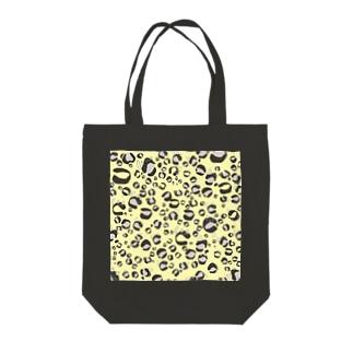 ひょう柄猫ちゃんイエロー Tote bags