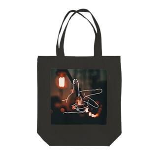 フレミング Tote bags