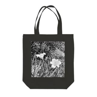 山百合 Tote bags