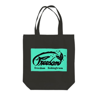 F04 freedom Tote bags