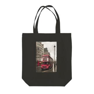 ロンドンバスででかけよう Tote bags