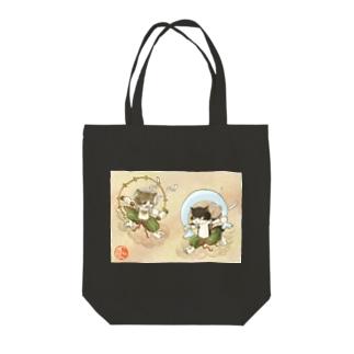 風猫雷猫図屏風 Tote bags