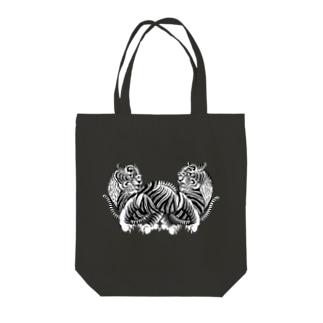 虎々 Tote bags