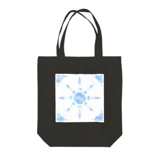 kaleidoscope (blue) Tote bags