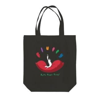 ふわふわオコジョ Tote bags