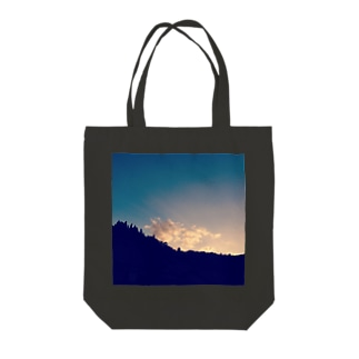 幸せの雲 Tote bags