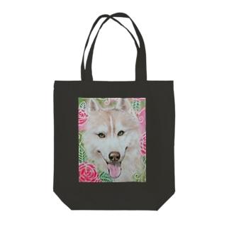 ハスキー犬 Tote bags