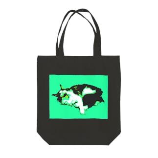 メインクーンあくび(猫) Tote bags