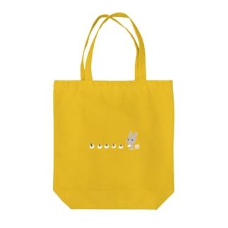 ひらりーー のグレーうさぎシリーズ Tote bags