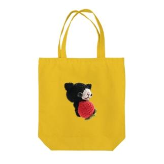 黒猫イチゴさん Tote bags