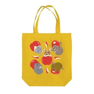デグーとりんご Tote bags