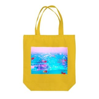 透明金魚 Tote bags