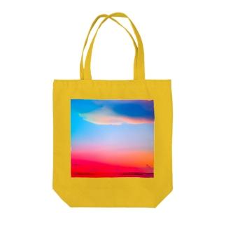 ひのまる弁当グアムの赤富士初夢一富士 Tote bags
