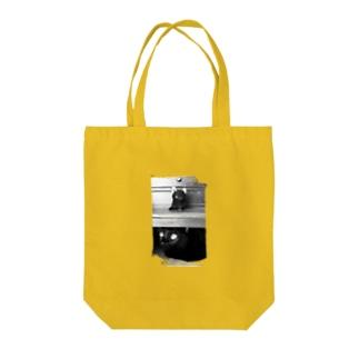 箪笥のKURONEKO Tote bags