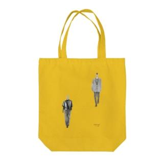 フィンガーフェイスの二人 Tote bags