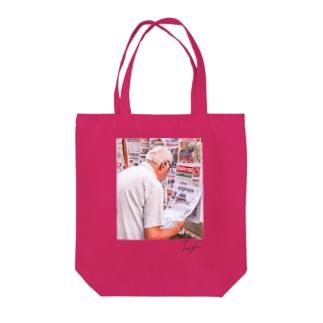 Newspaper/pink Tote bags