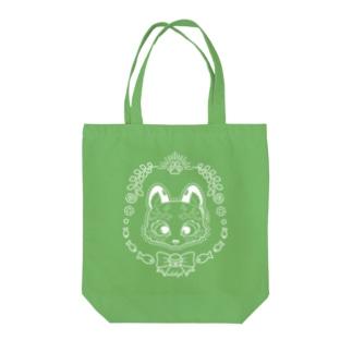ユキヒョウの雪猫 Tote bags