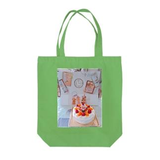 お誕生日 Tote bags