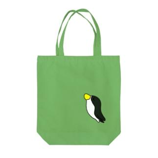 ペンギン空を飛ぶ? Tote bags