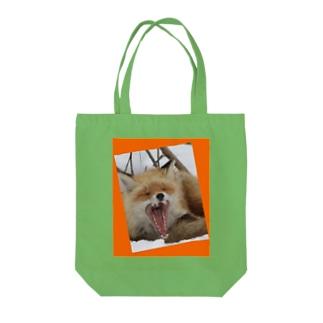【にこらび】キタキツネ橙◇002 Tote bags