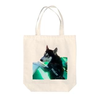 船乗りハスキー Tote bags