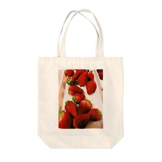 とちおとめ Tote bags