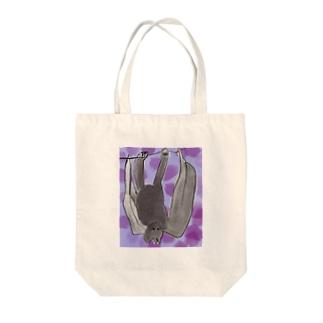 こうもり Tote bags