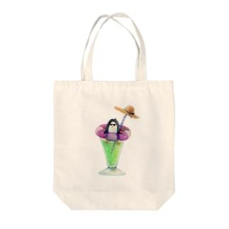 ペンギンの夏休み Tote bags