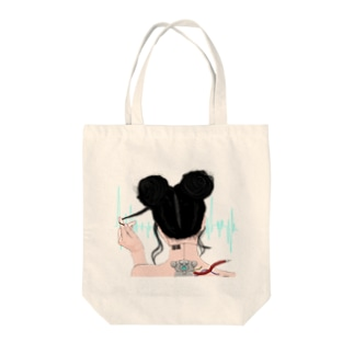 Android girl Tote bags