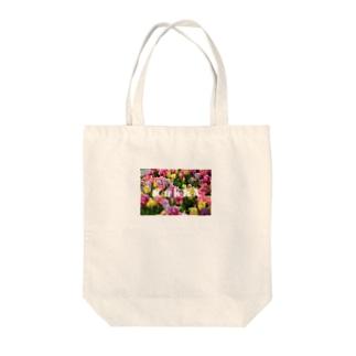 kukka.1 Tote bags