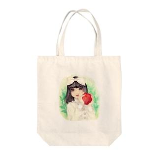 リンゴをもつ少女 Tote bags