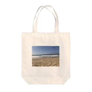 CAL BEACH Tote bags