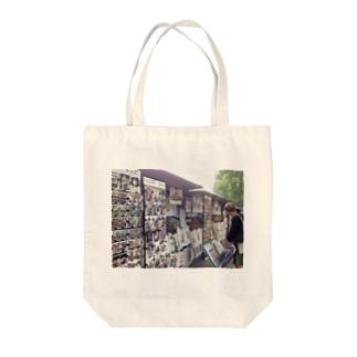 セーヌ川のお土産 Tote bags