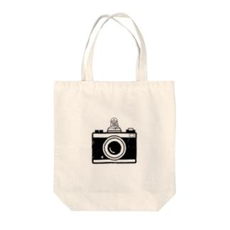 カメラとレスラー(モノクロ) Tote bags