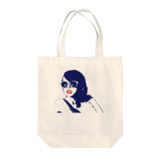 ※女児です Tote bags