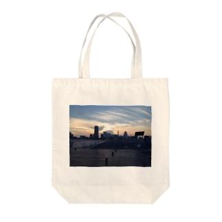 みなとみらいは....美しい Tote bags