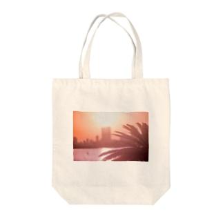 Ushun/SUNSET Tote bags
