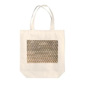 土手 Tote bags