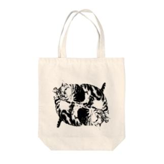 デブ猫ちゃん Tote bags